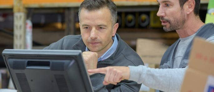 warehouse worker training computer
