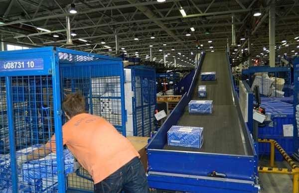 Рабочие на конвейер что это головки на транспортер т4
